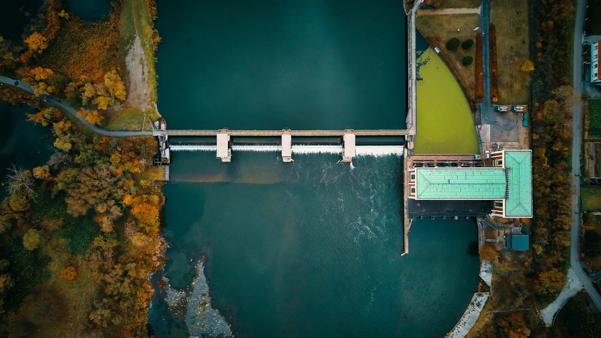 L'entreprise Visi'eau drone intervient pour les missions d'inspections de barrages en France et les Missions de levée de doute en région Rhône-Alpes.